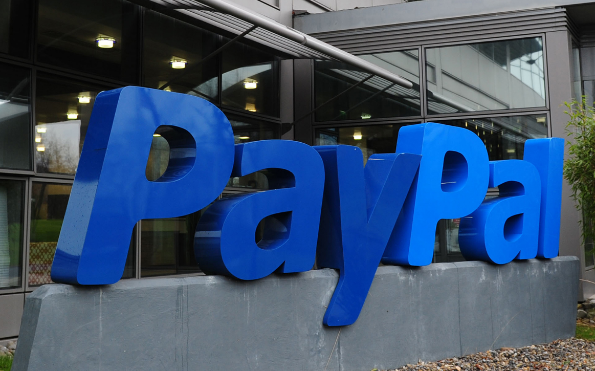 Business Hack - Save money on your PayPal fees - I rescue